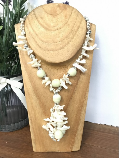 White & Cream Bead & Shell Necklace