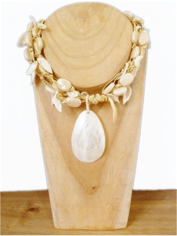 Cream Mother Of Pearl Shell Necklace