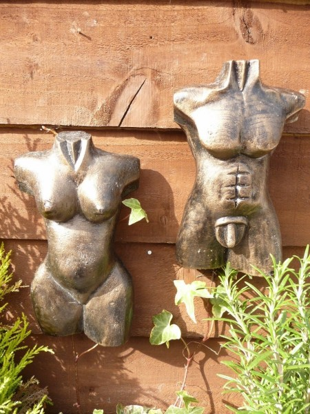 Gold Pair Of 21cm Male & Female Bust Wall Hangings